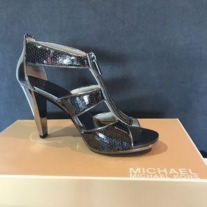 Michael Kors Berkeley T-Strap Sandals Gunmetal 8.5